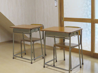 Desk_01